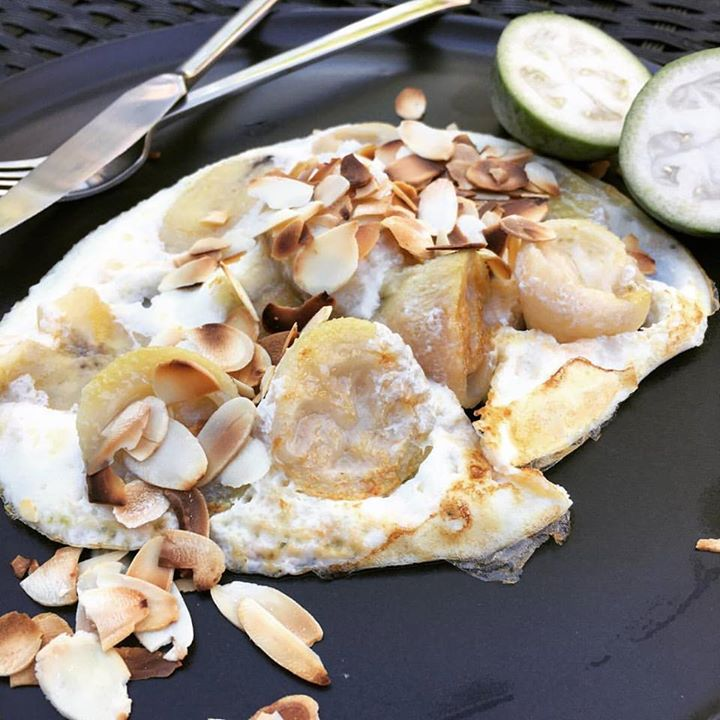 Feijoa egg white omelette - a spoonful of coconut yoghurt would have topped this off nicely!